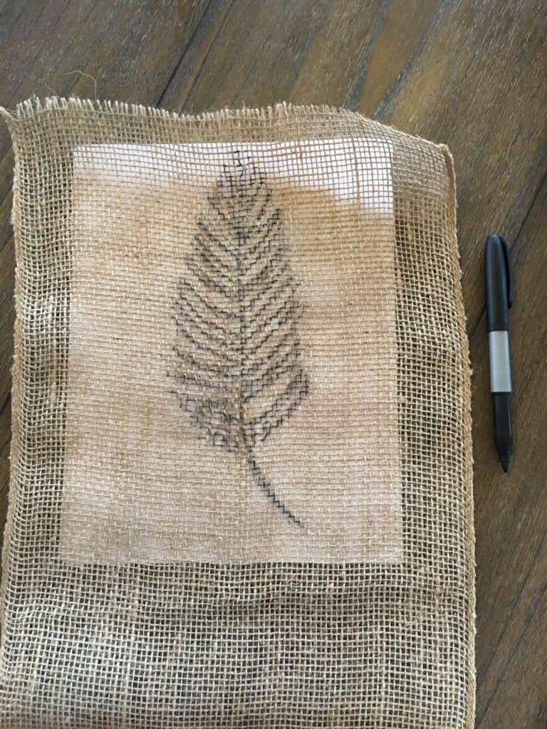 Drawing burlap feathers diy