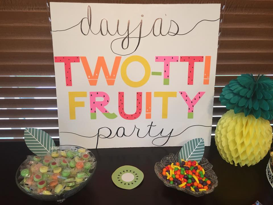 Two-tti Fruity Party Sign Girls birthday