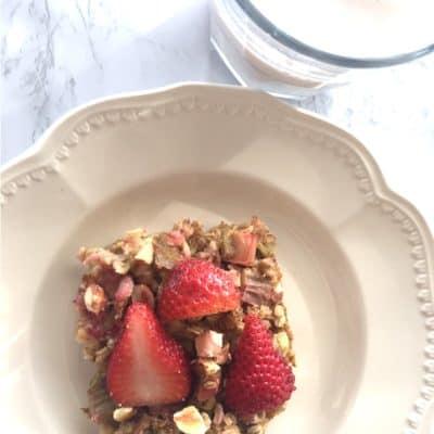 Strawberry Rhubarb Oatmeal Bake